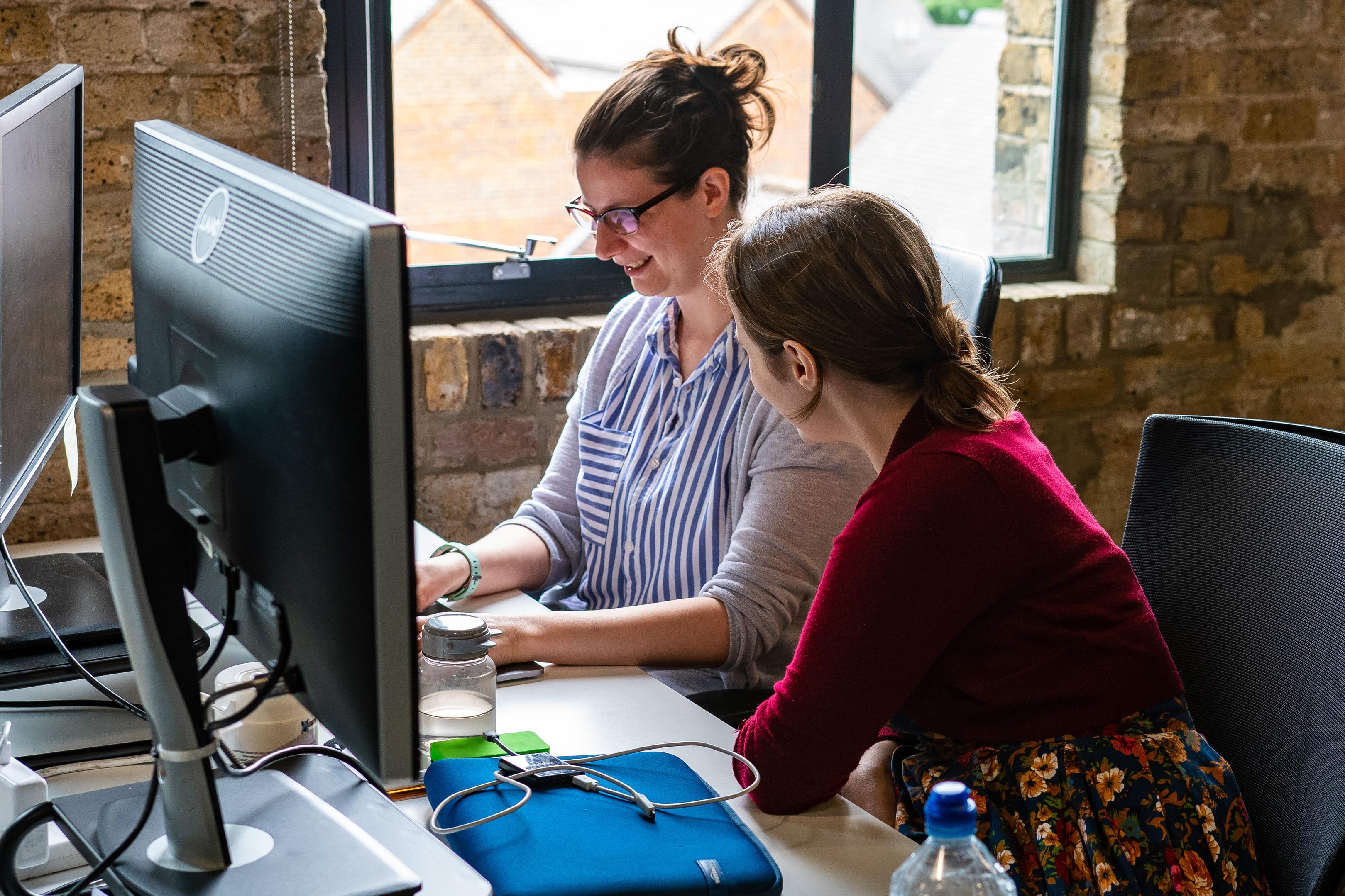 women pair programming
